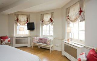 Австрийские шторы в интерьере спальни: создаем нежную атмосферу и уют