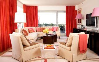 Красные шторы в интерьере кухни, гостиной и спальни: фото с примерами