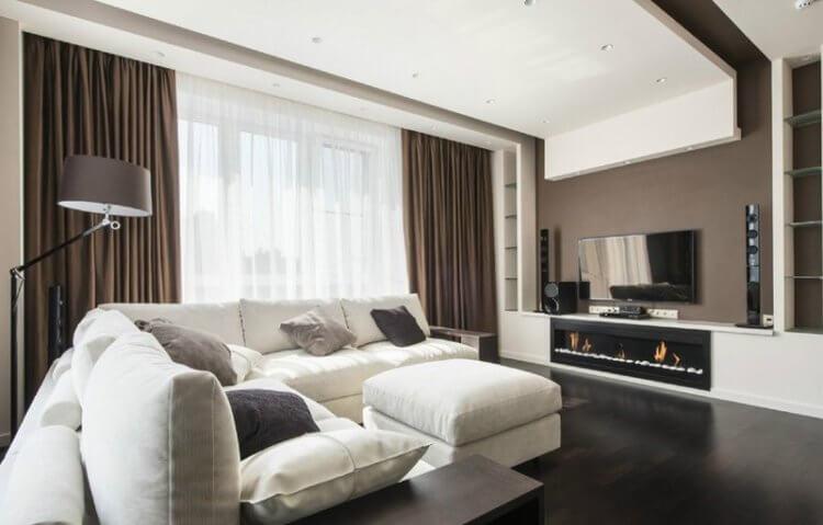 белый пуфик с диваном