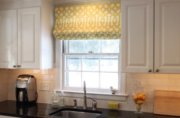 римские шторы на кухню1