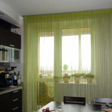 Нитяные зеленые шторы