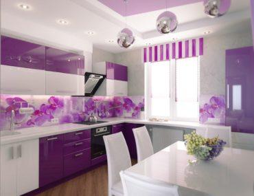 бело-лиловая кухня