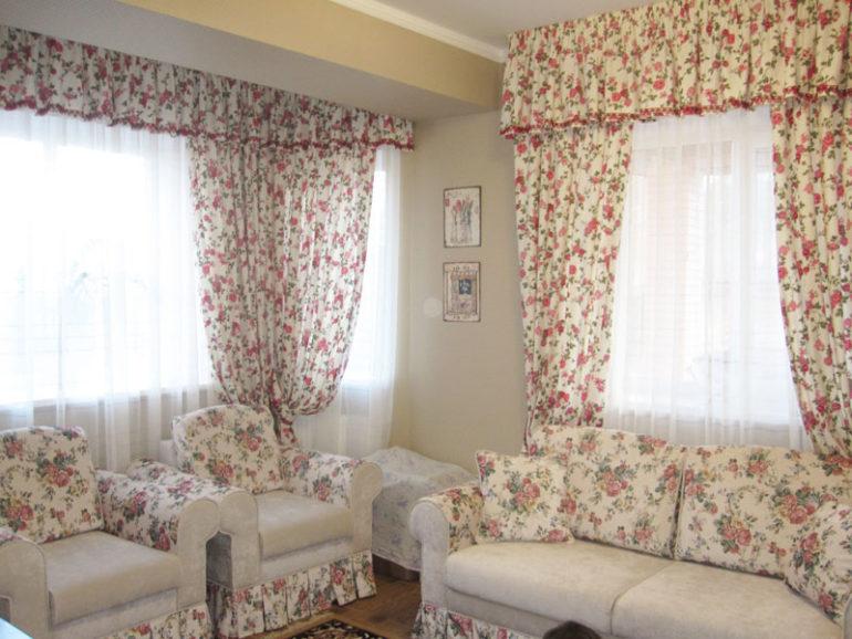 шторы прованс в цвет подушек