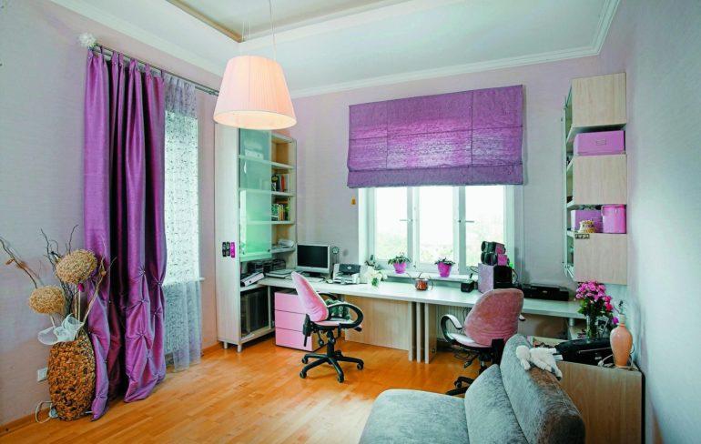Римские фиолетовые шторы в детской