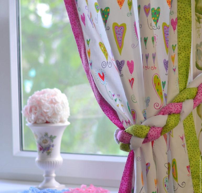 Хлопковые занавески дарят уют и тепло детской спальне