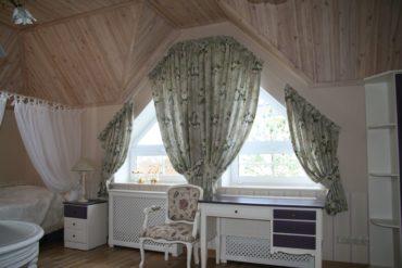 шторы на мансарду в стиле прованс