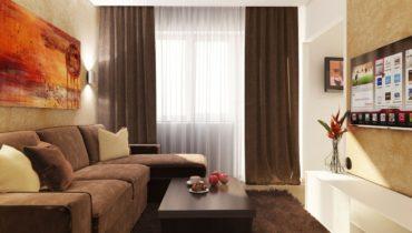 замшевый диван и мохнатый ковер