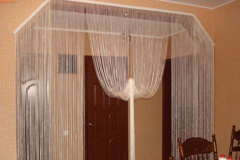 Кисеи - самые легкие и воздушные занавеси для дверного проема