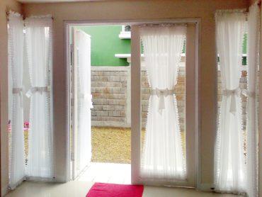 двери на веранде с занавесками