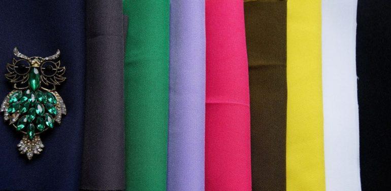 На фото примеры расцветок габардина из шерсти