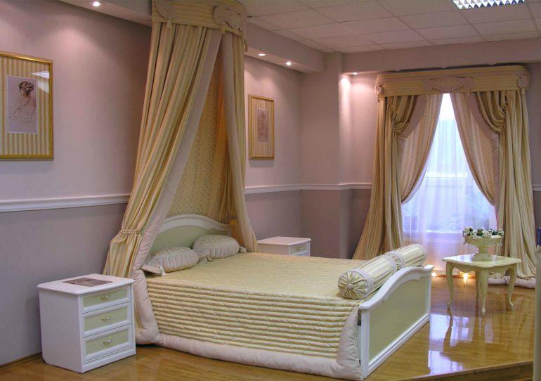 Текстиль в итальянском стиле пастельных тонов добавит спальне романтики и уюта