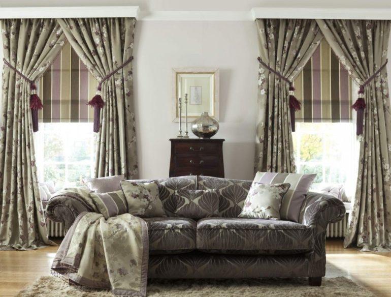 Высокие подхваты на итальянских шторах позволяют максимально открыть окно для лучшего освещения комнаты
