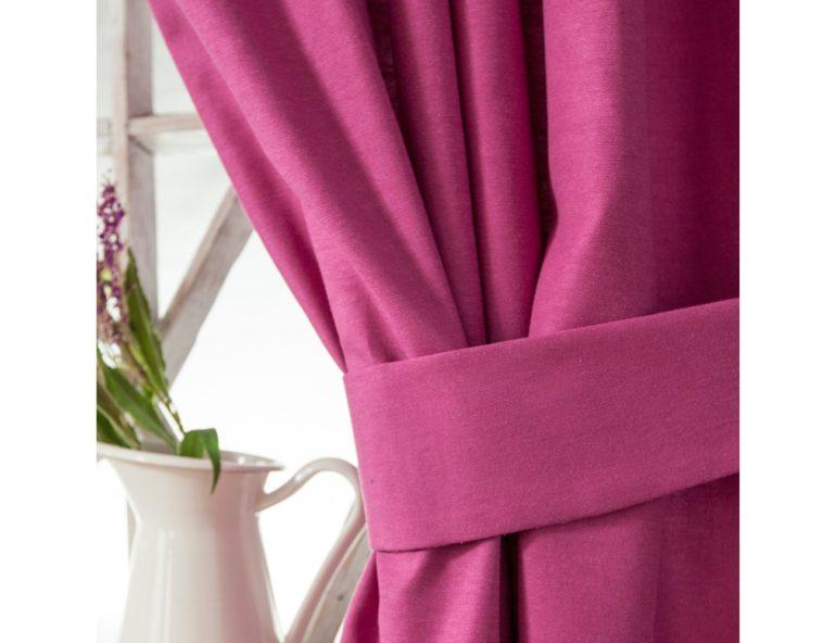 Из габардина получаются элегантные шторы с красиво ниспадающими складками