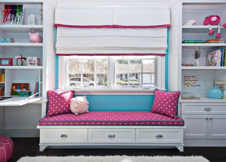 Шторы на окнах не должны мешать мебели, стоящей под ним