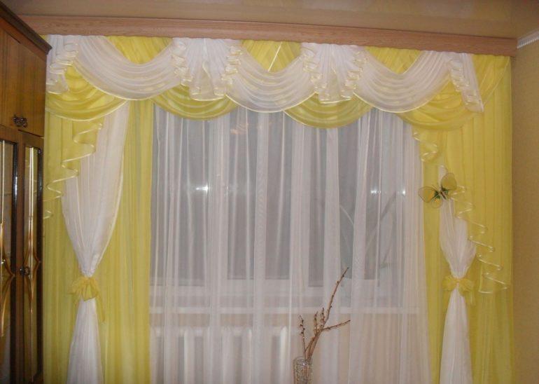 Солнечный оттенок способен подарить вашей гостиной тепло и домашний уют