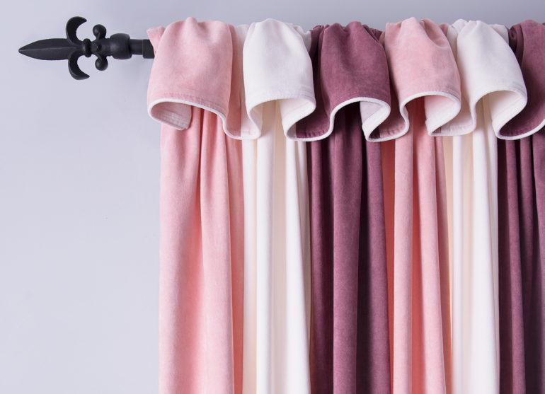 Ткань софт подходит для ночных штор, так как она препятствует проникновению солнечных лучей