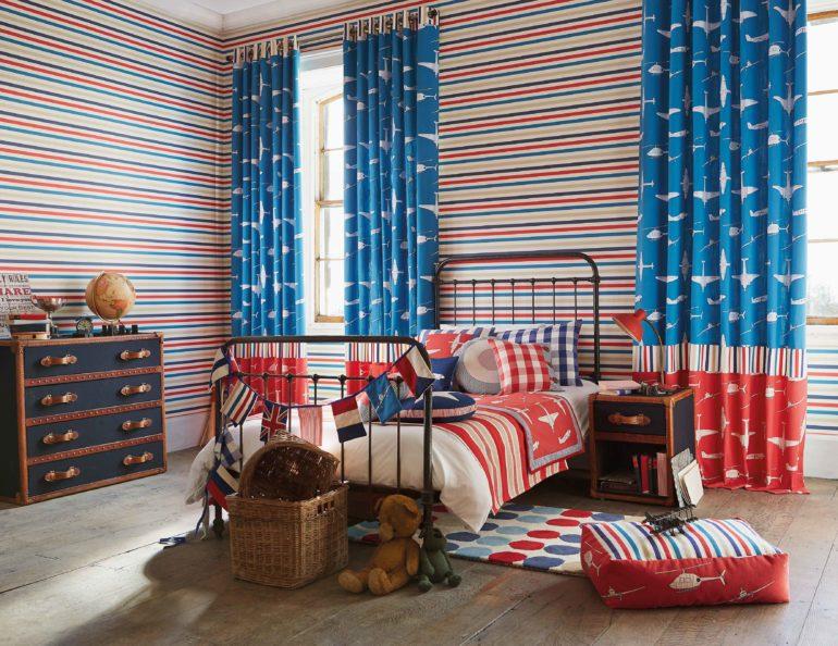 Мальчишеский принт на шторах это то, что нужно хозяину комнаты