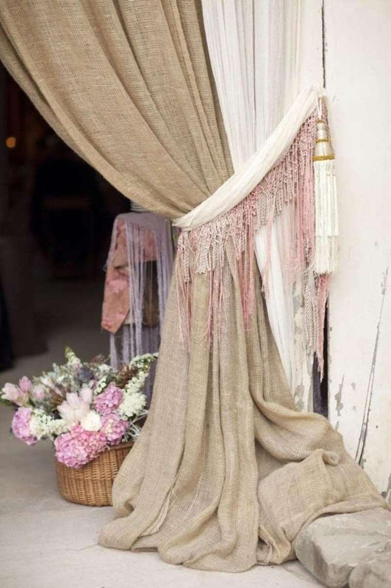 Шторы из мешковины это по-настоящему домашний и уютный декор